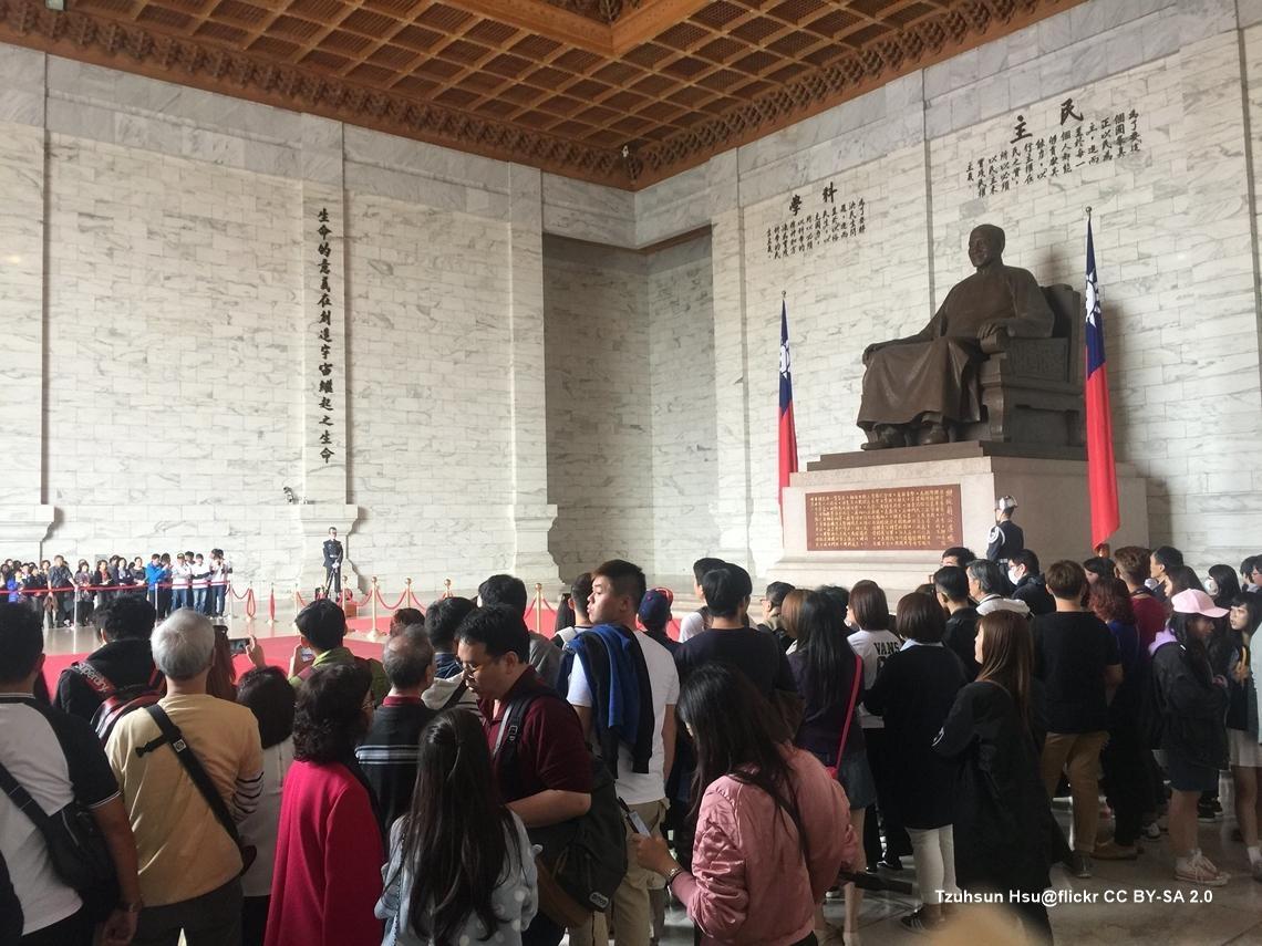 轉型正義只做了一半!中正路、中正國小、中正紀念堂...當台灣還在諂媚加害者,228就還沒有過去