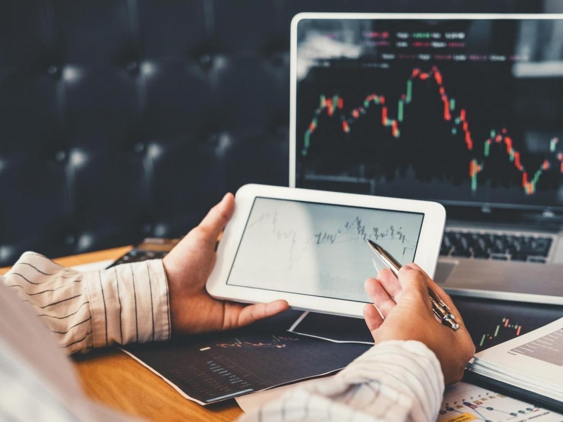 這兩家公司股價大漲逾9% 券商看好他們能「打敗大盤」的理由是什麼?