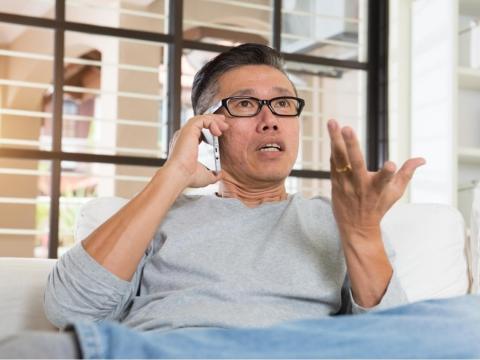 健忘、常弄丟東西,64歲確診阿茲海默症 別輕忽年輕型失智症,這些症狀你有嗎?