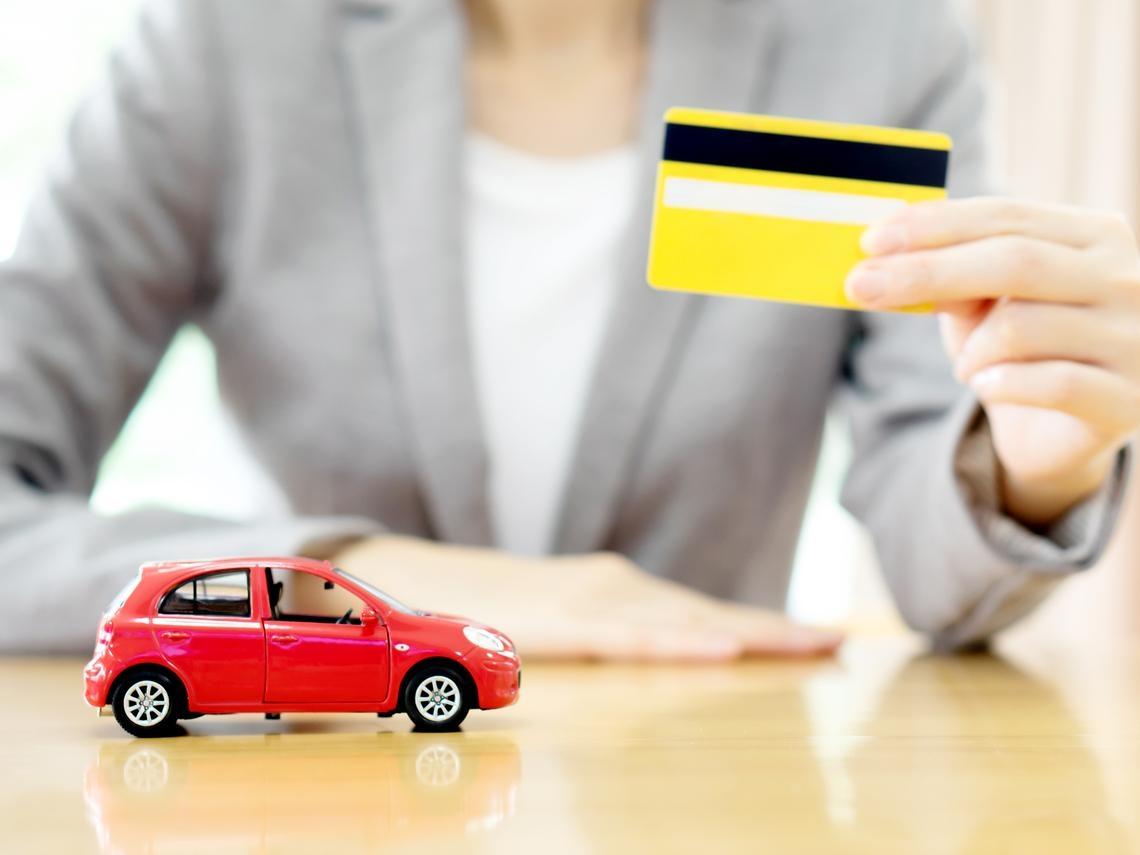 2020最好用的4張神卡,停車免費還大賺回饋金!