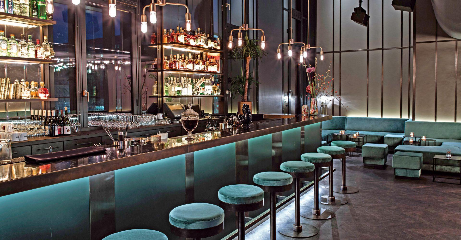 交誼廳酒吧