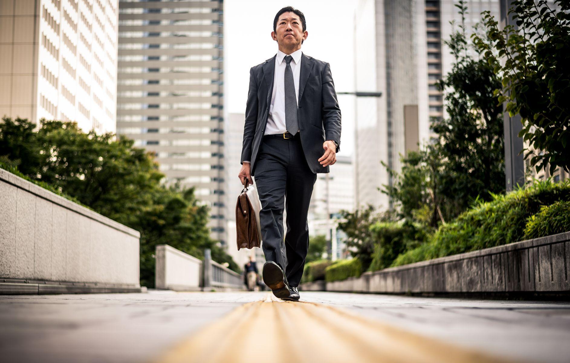 留在台灣還是西進中國?資深保險業台幹給你的四大提醒