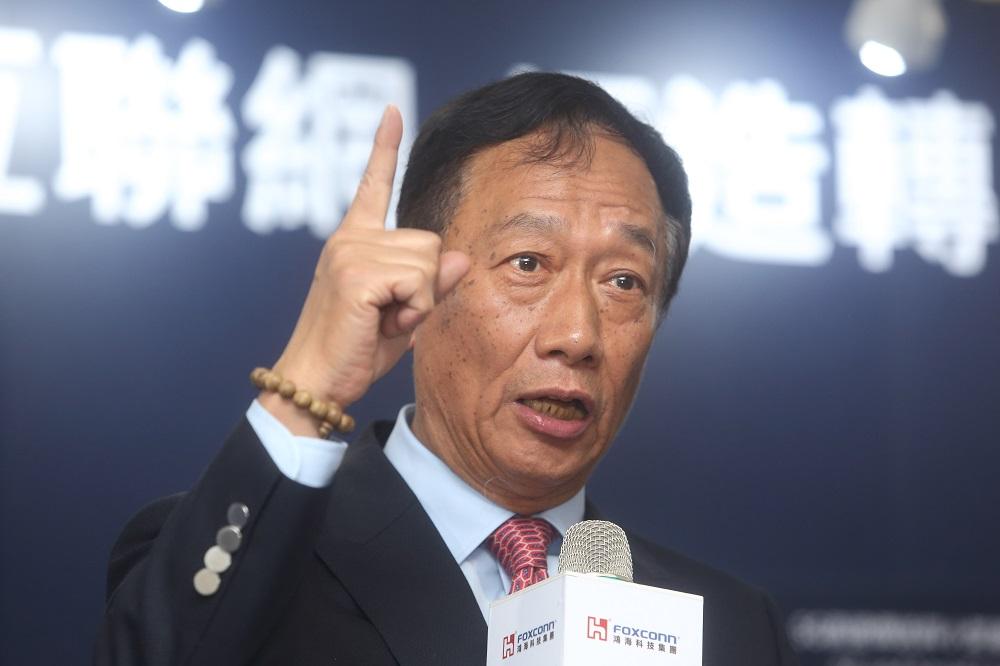 郭台銘特助胡國輝:鴻海考慮縮減、甚至擱置威州投資