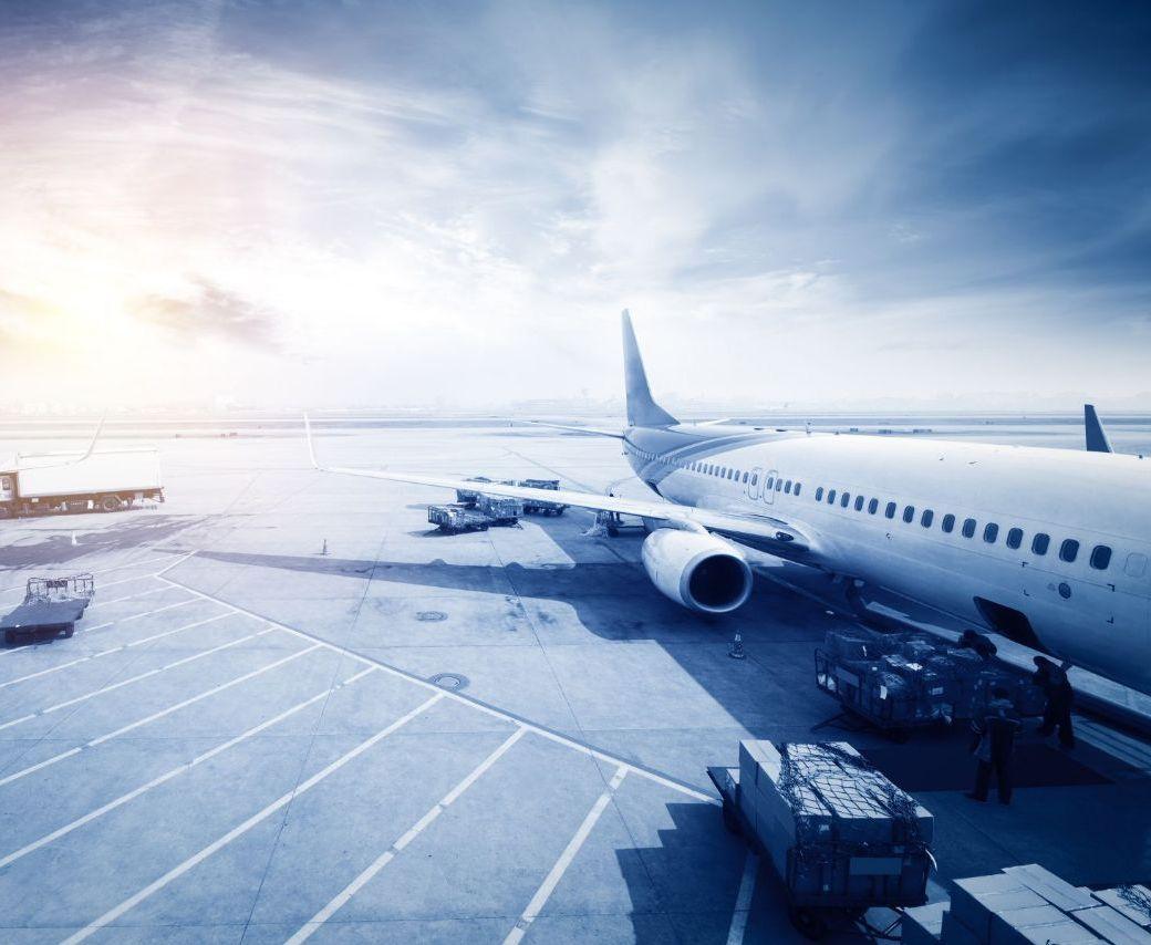 旅遊不便險怎麼買?13家產險班機延誤理賠比一比