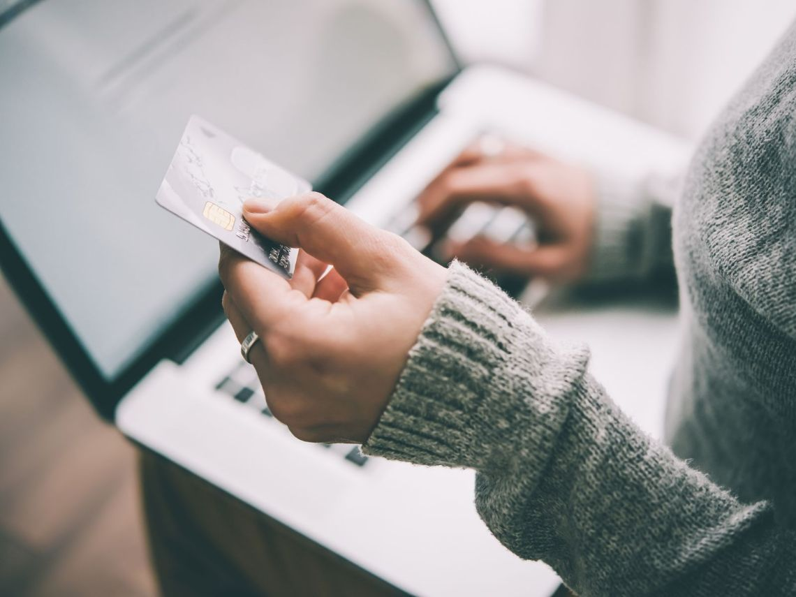信用卡繳費期間卡到過年怎麼辦?銀行解答