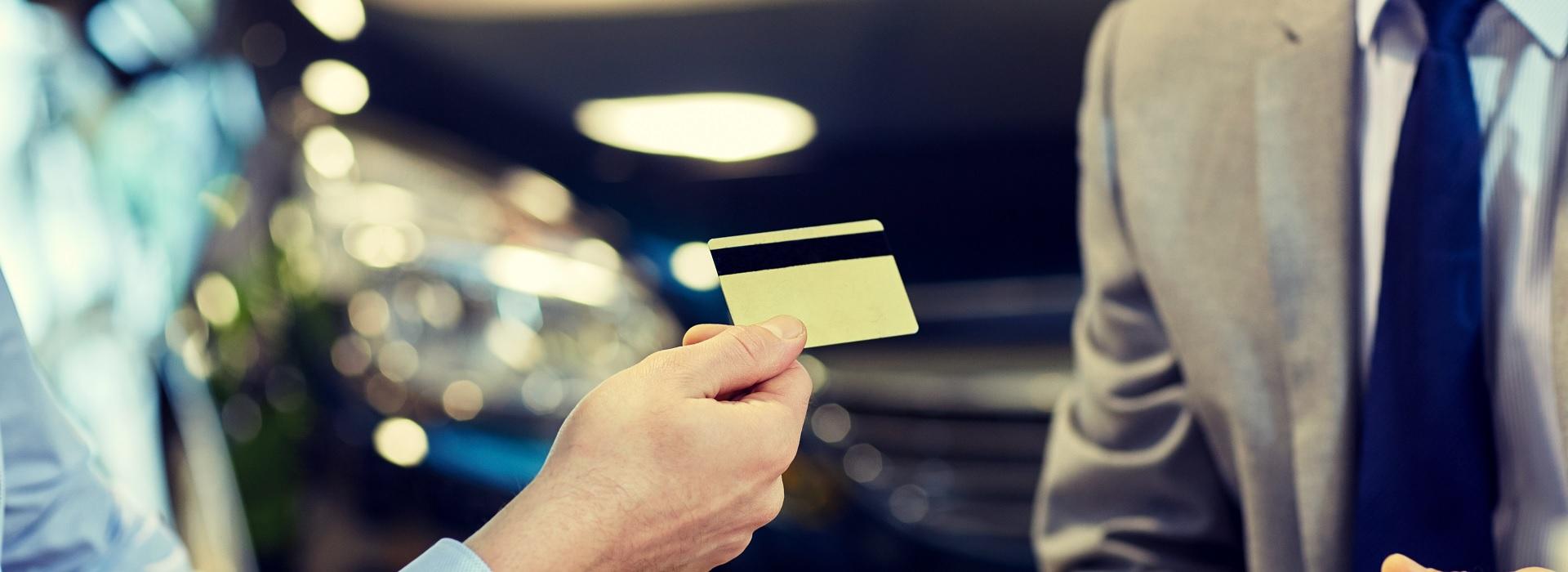 卡面有花香味!七張認同卡出列 看看你居住地有沒有專屬信用卡