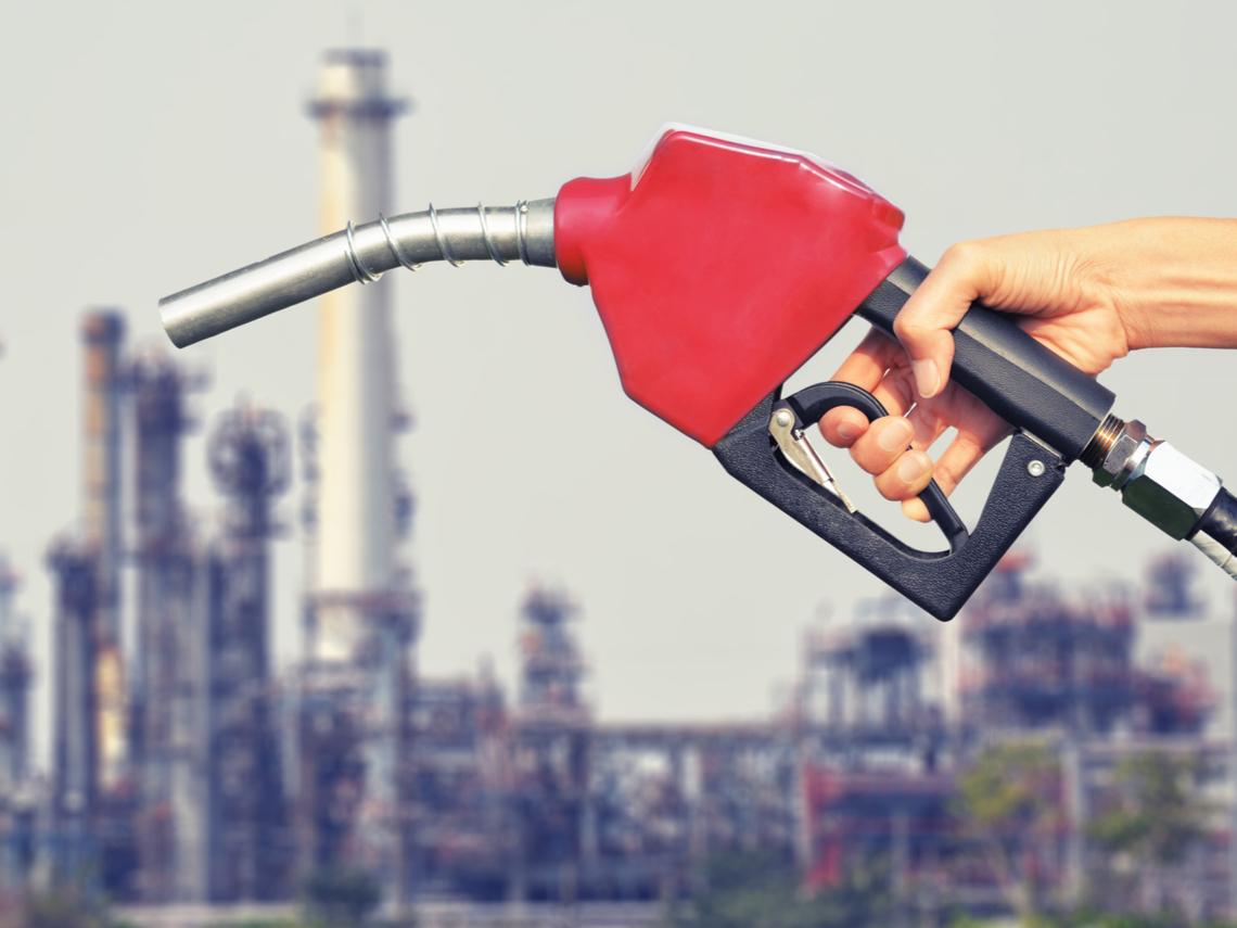 油價暴跌 投資人從「活久見」變成「活見鬼」了!接下來市場還會演出什麼樣的驚奇?