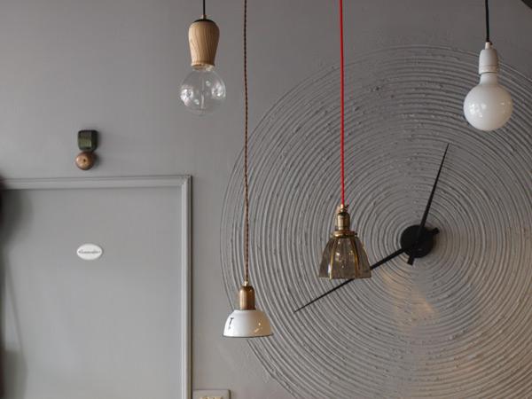 各式各樣的老件、鎢絲燈