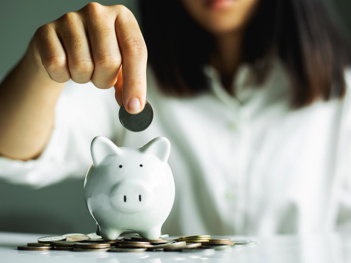 薪水太低只是藉口?專家分析這4個習慣讓你留不住財富