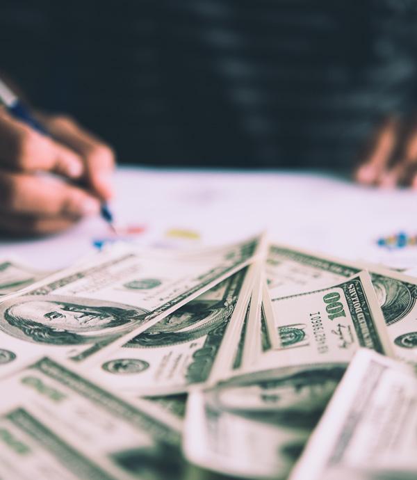《斜槓的50道難題》創業需要投入巨大的資本?燒錢其實是迷思