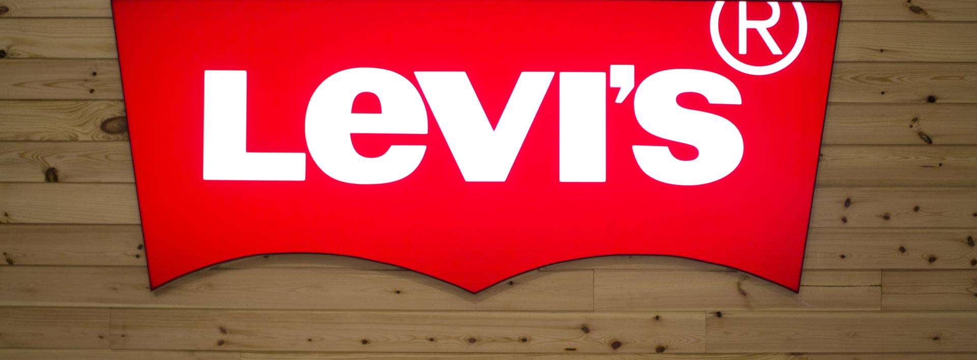 牛仔布也可以高科技!看 Levi's 如何與 Google 聯手,打造可以接電話、看時間的「智慧夾克」!
