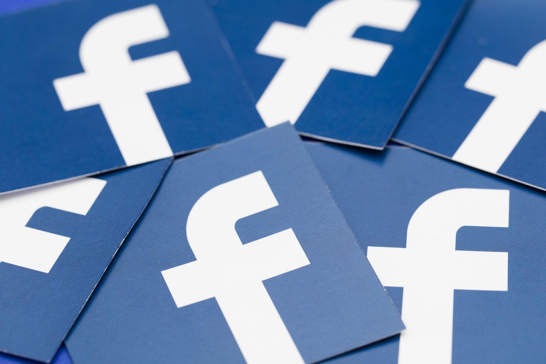 臉書貼假訊息恐遭罰鍰   行政院下周公布細節