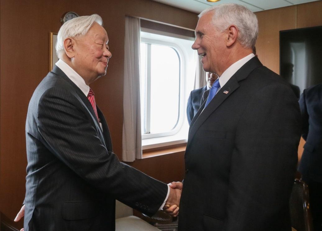 台積電創辦人張忠謀出席APEC,與美國副總統彭斯進行雙邊對談。
