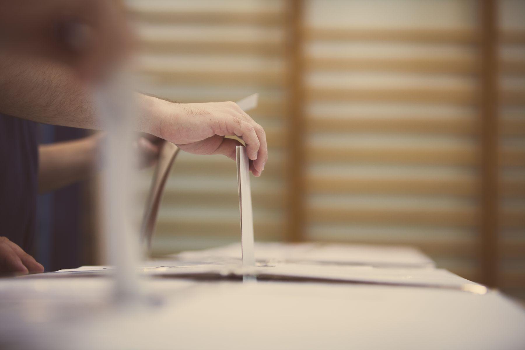 10公投案結果出爐 7項過關、2同婚案未通過