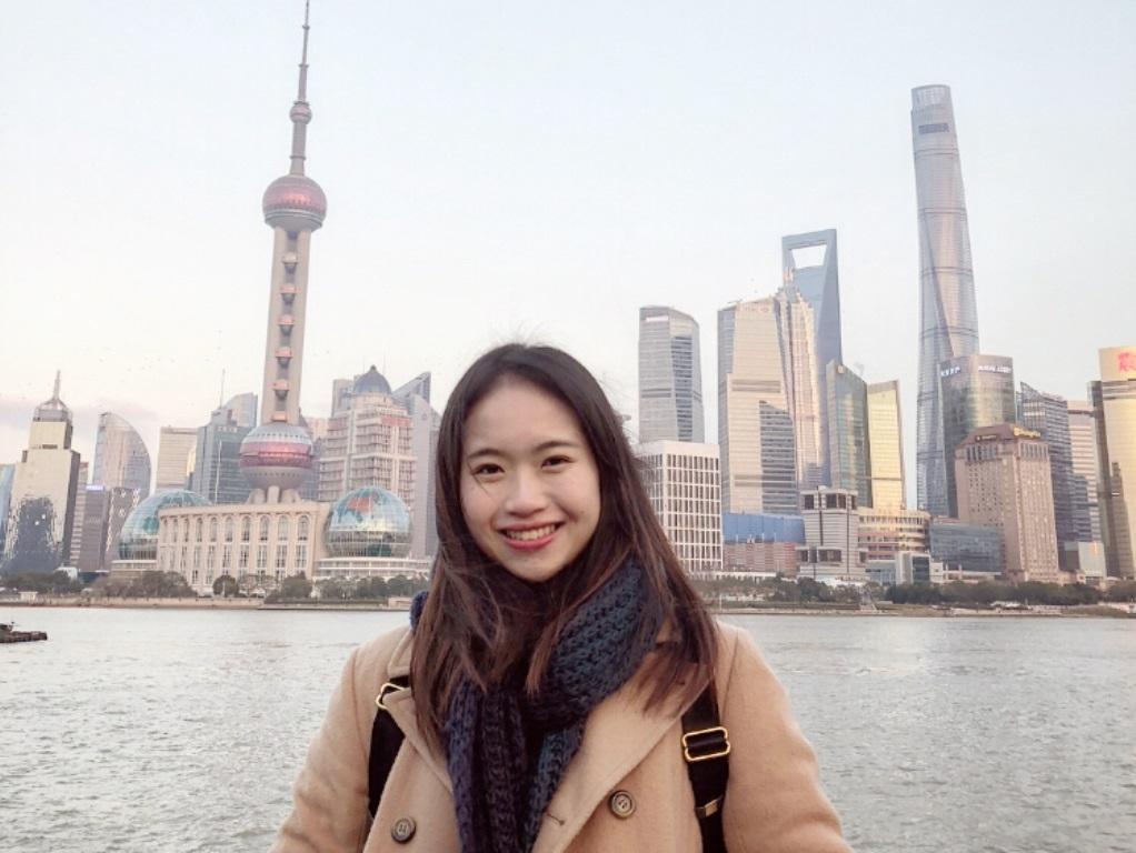 她管理、資工雙主修 搭配英語力闖出國際