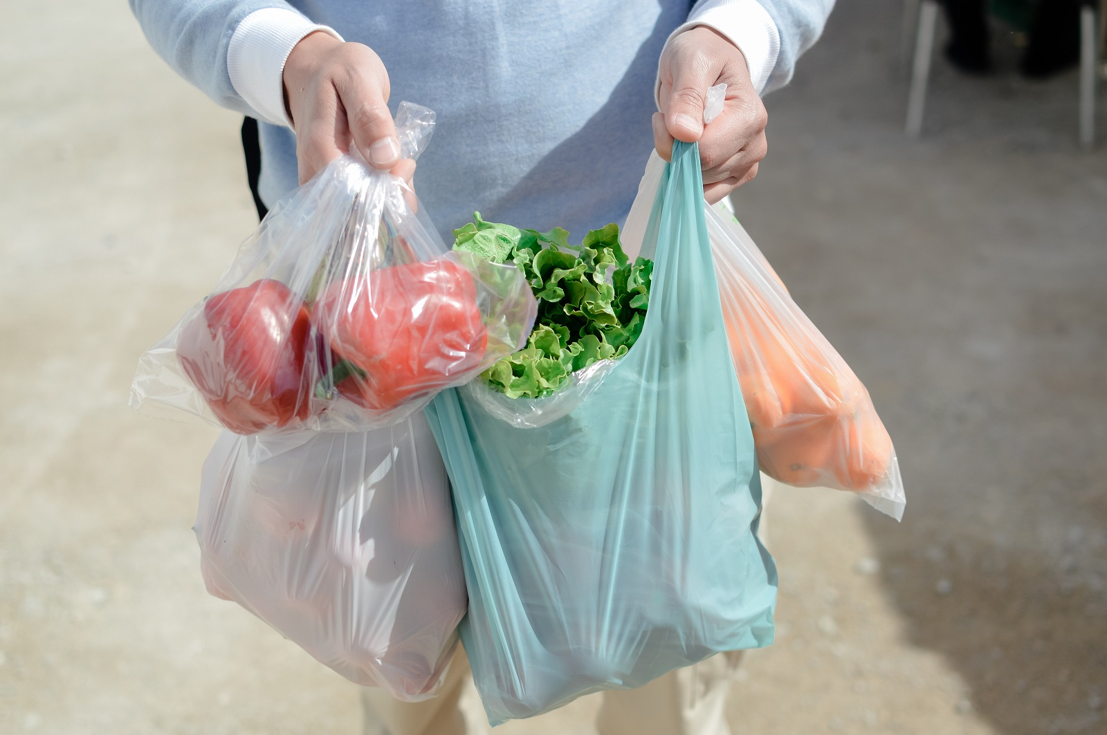 不只台灣限塑!明年起,泰國不提供塑膠袋、日本塑膠袋開始收費