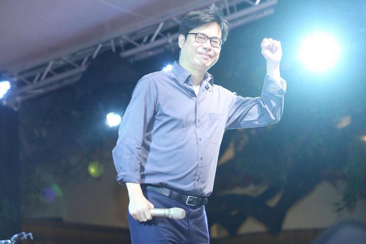 大港開唱停辦 陳其邁:文化品牌建立難,要摧毀卻很快