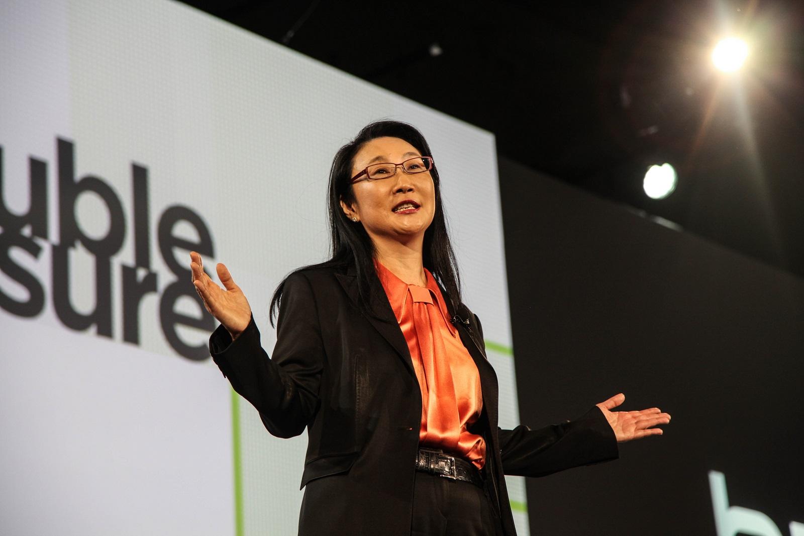 王雪紅卸任HTC宏達電執行長 由Yves Maitre出任