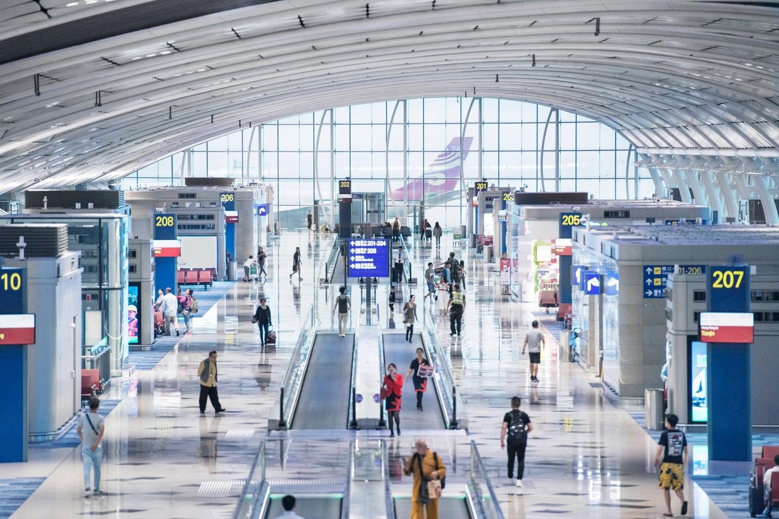 香港機場海關全面檢查台灣旅客行李 查獲「戰略物資」恐被關7年