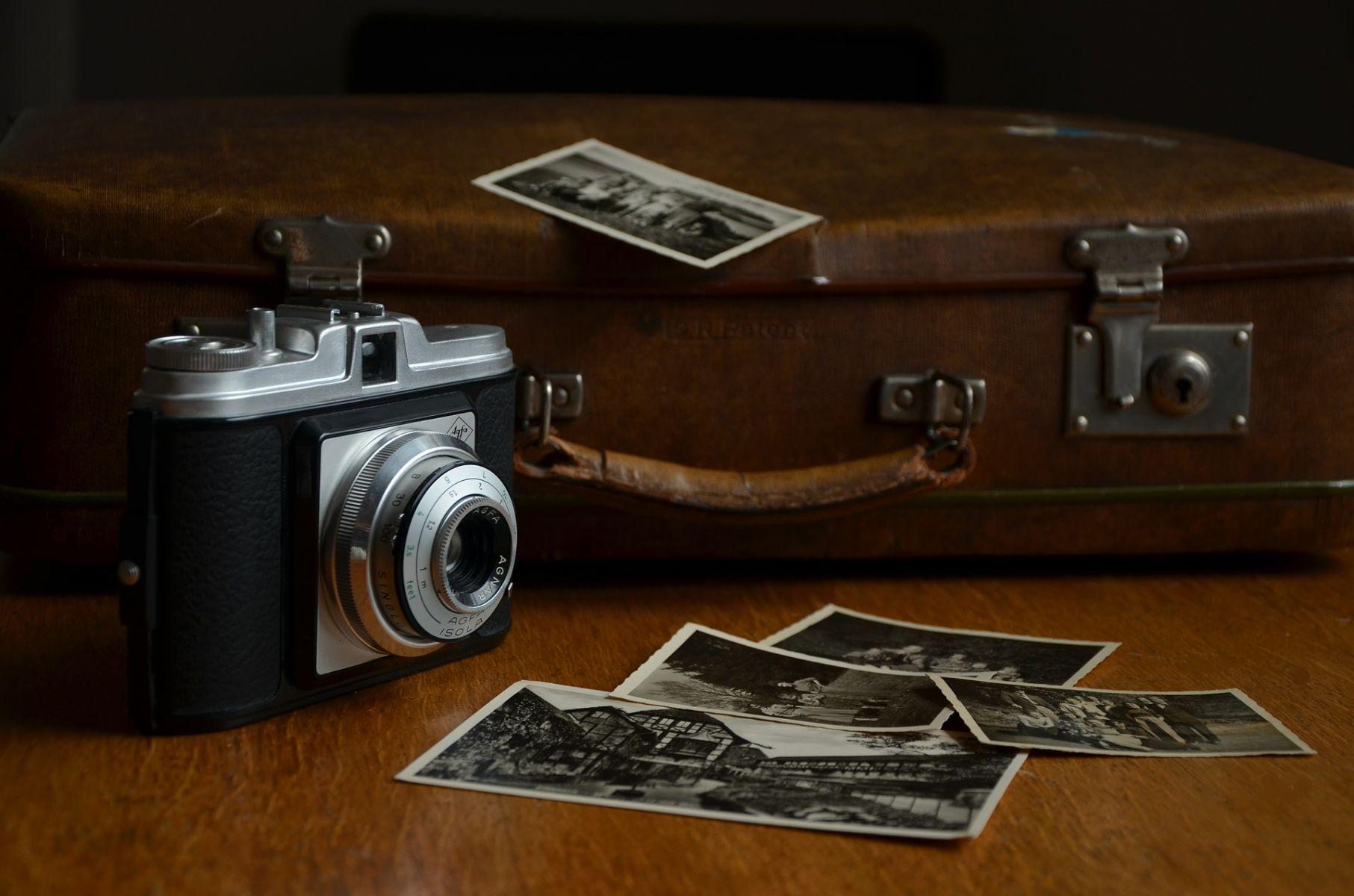 把一生的美好醃作照片 老的時候下酒談笑憶往
