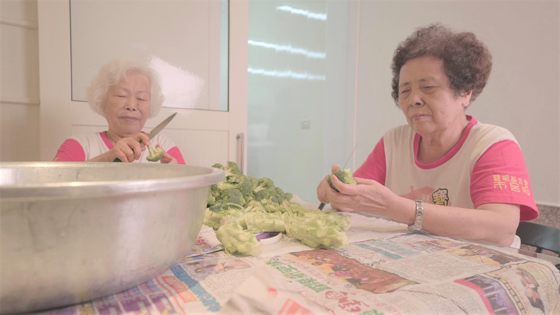 阿公阿嬤の家常味 這間食堂的服務生90歲