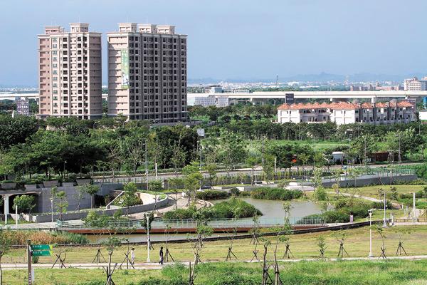 高雄橋頭新市鎮成了建商搶地新區域