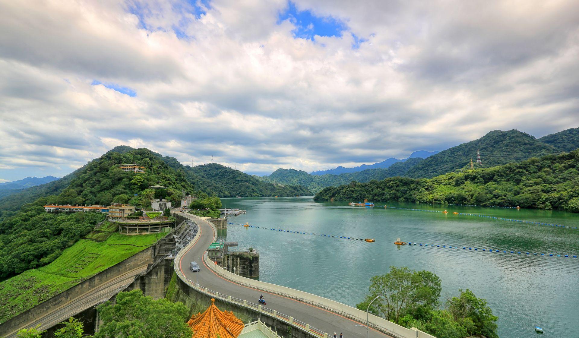 曾1年漏掉近5億噸水,如今減少的漏水量可裝滿逾1座石門水庫!56年來首度汛期無颱,台灣如何留住更多水?