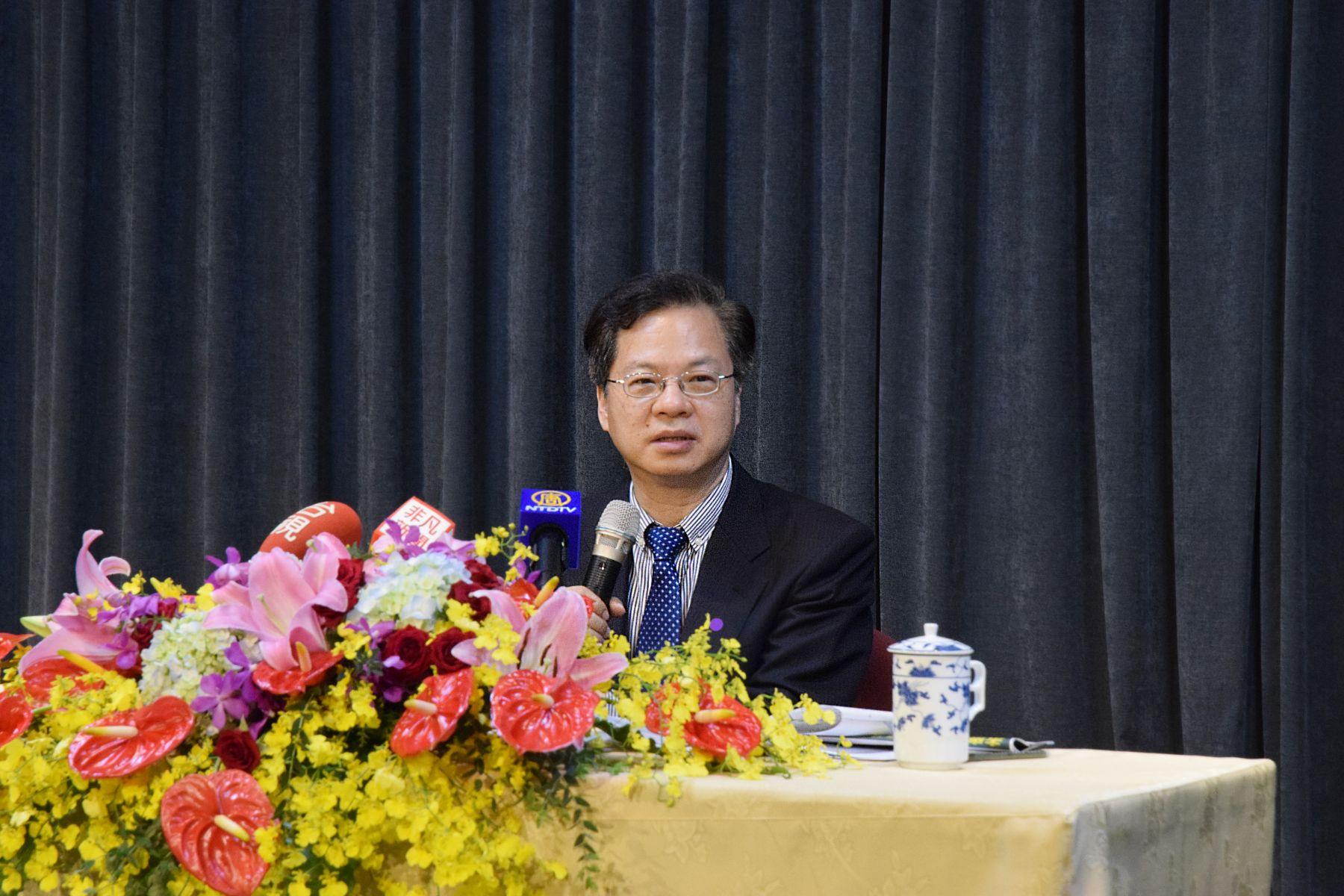 國際機構估台灣經濟成長「陷負值」 國發會主委龔明鑫:會努力達成「1%以上」目標