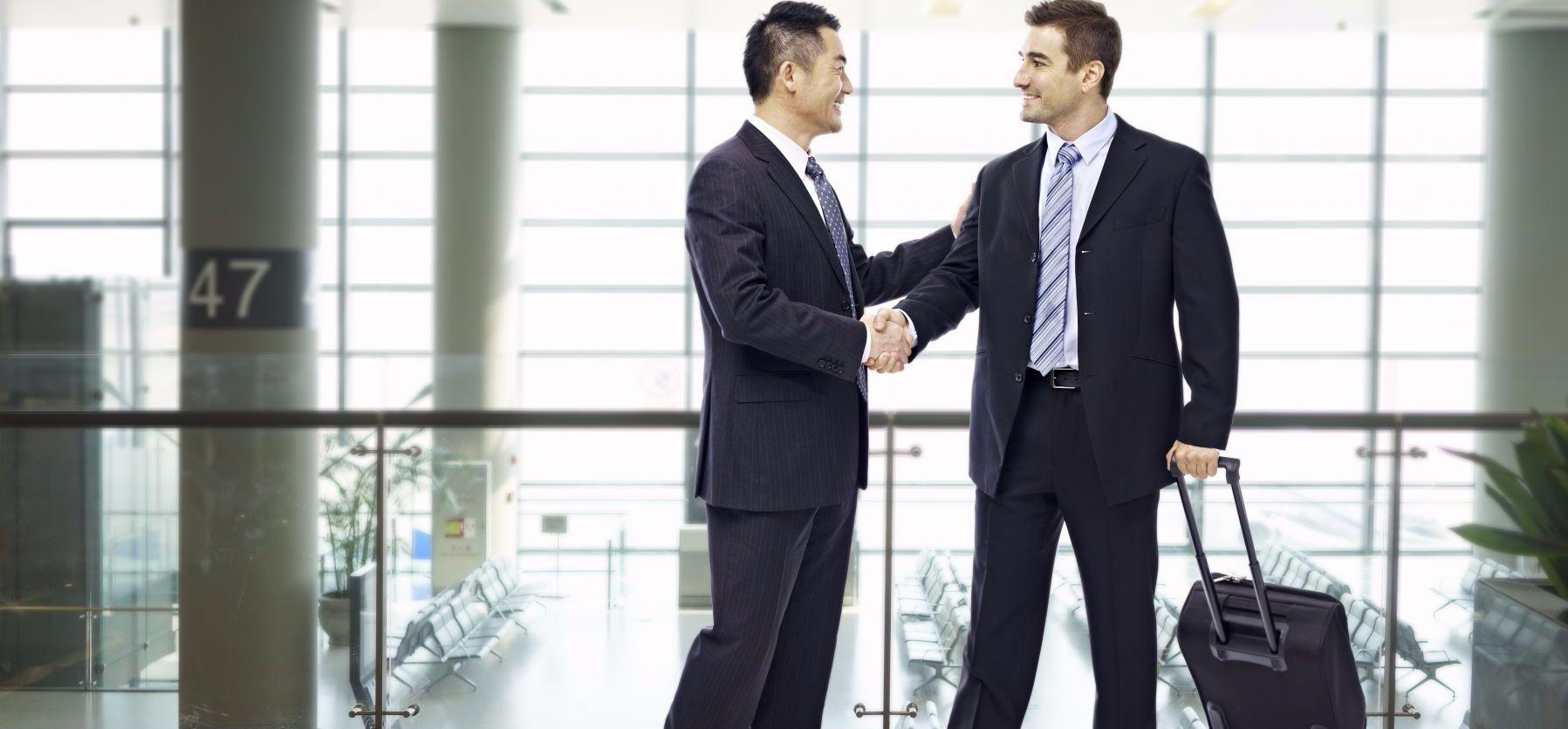 克服英語難題、付出雙倍努力 銀行業成功轉職業務副總