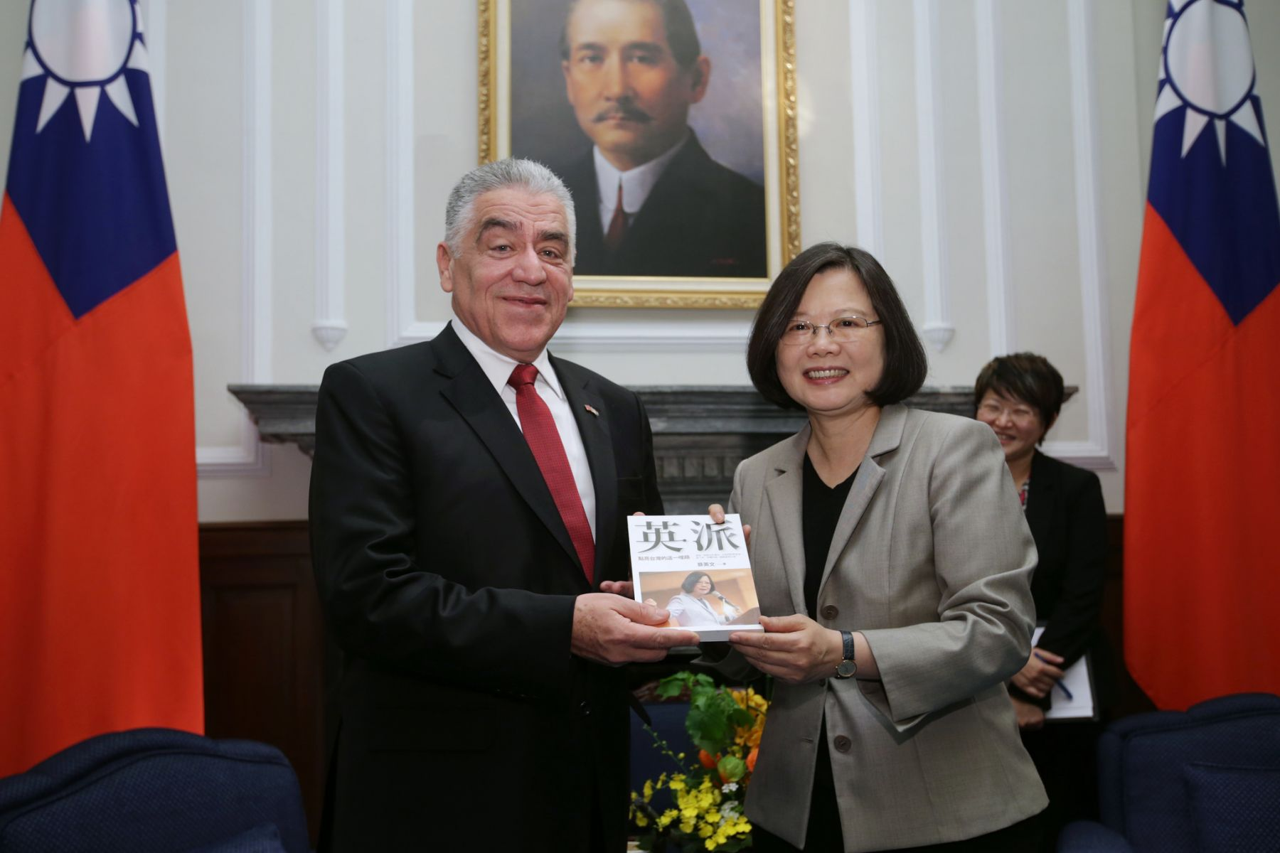多明尼加宣布與我國斷交!外交部:絕不會在北京壓力下低頭