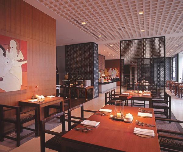 供應養生餐點的東方餐廳