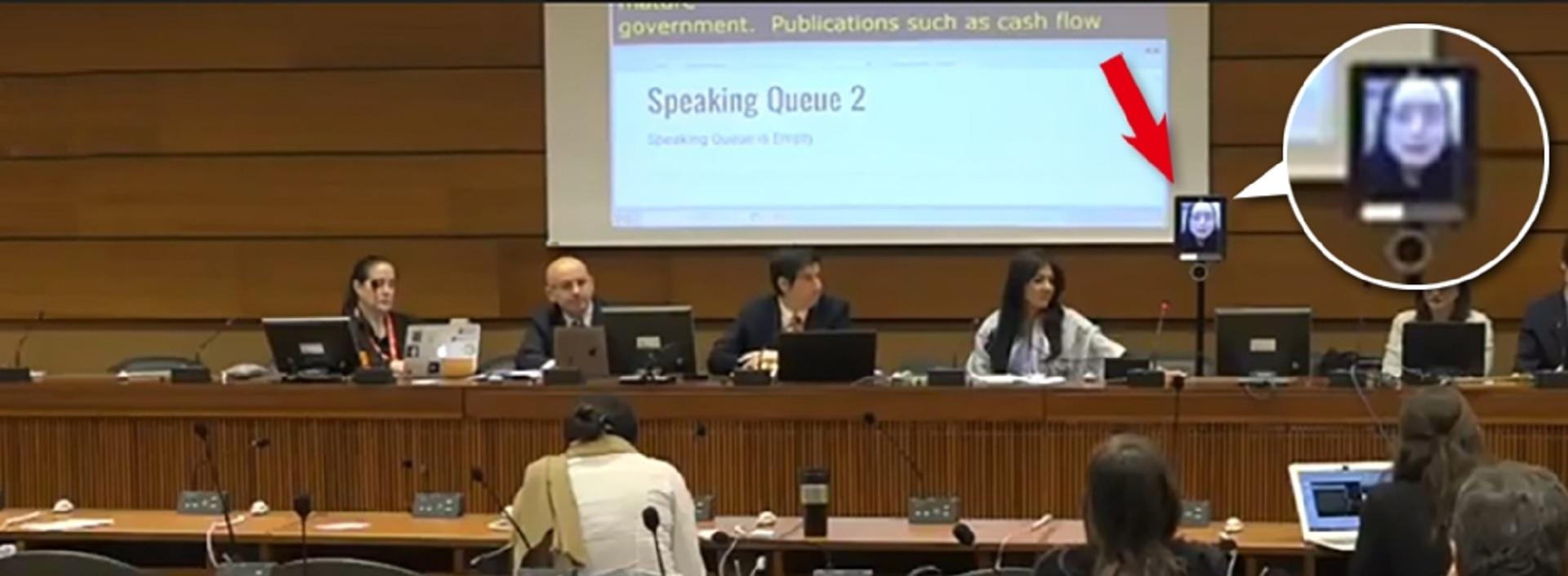 唐鳳奇招突破中國阻力 派機器人出席聯合國正式會議