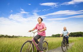 台灣少子、高齡化 你不可不知的「長照保險」