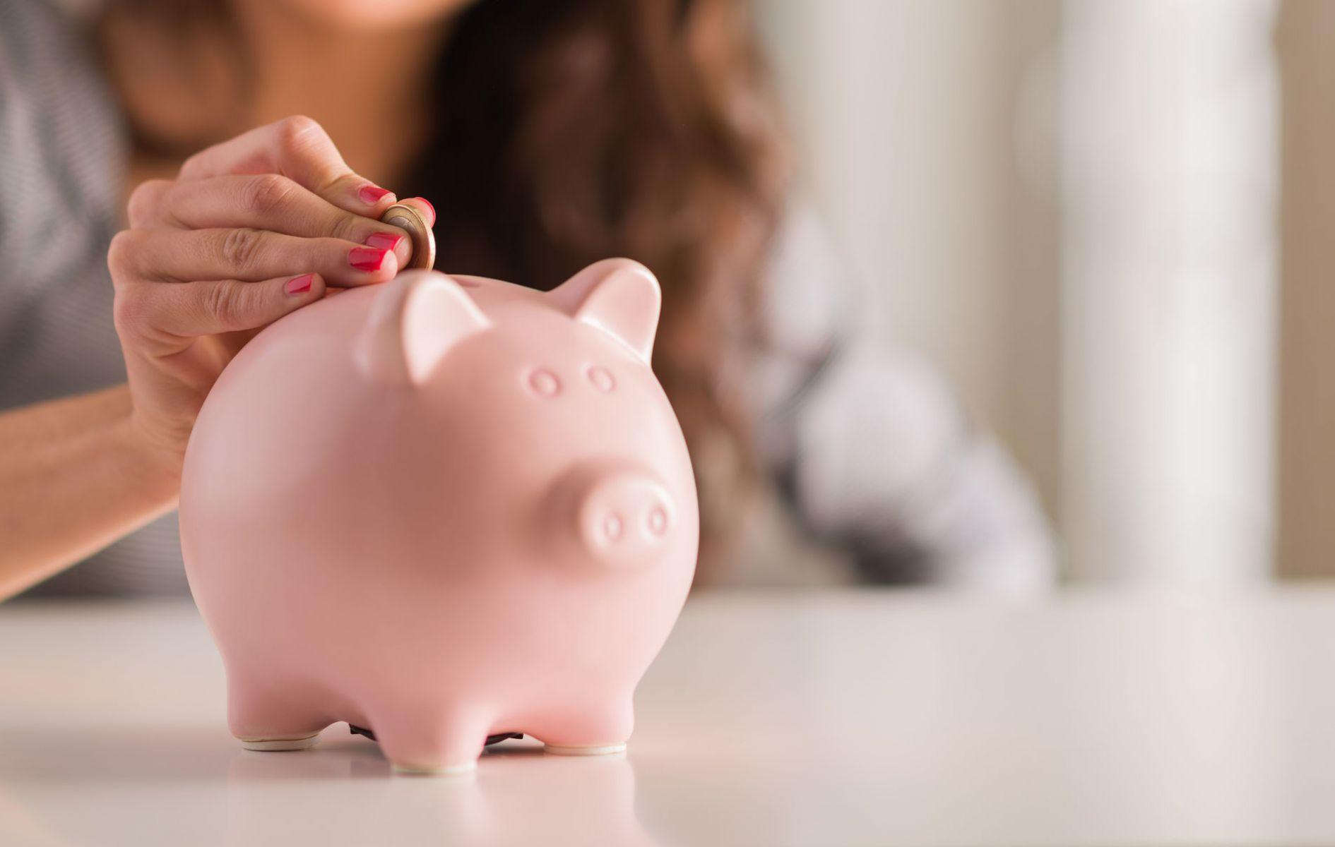 小時候父母教導錢要放撲滿或存銀行 其實是錯的