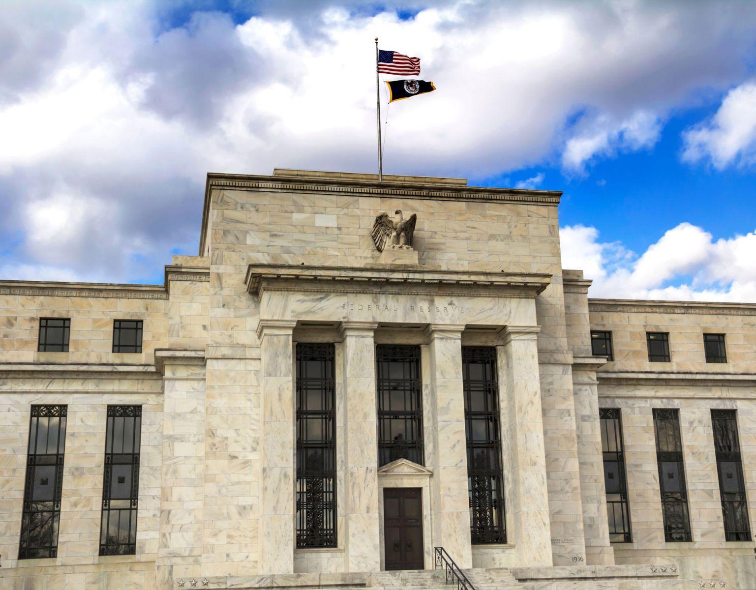 聯準會估今年只升3次息 上修今年經濟成長預期