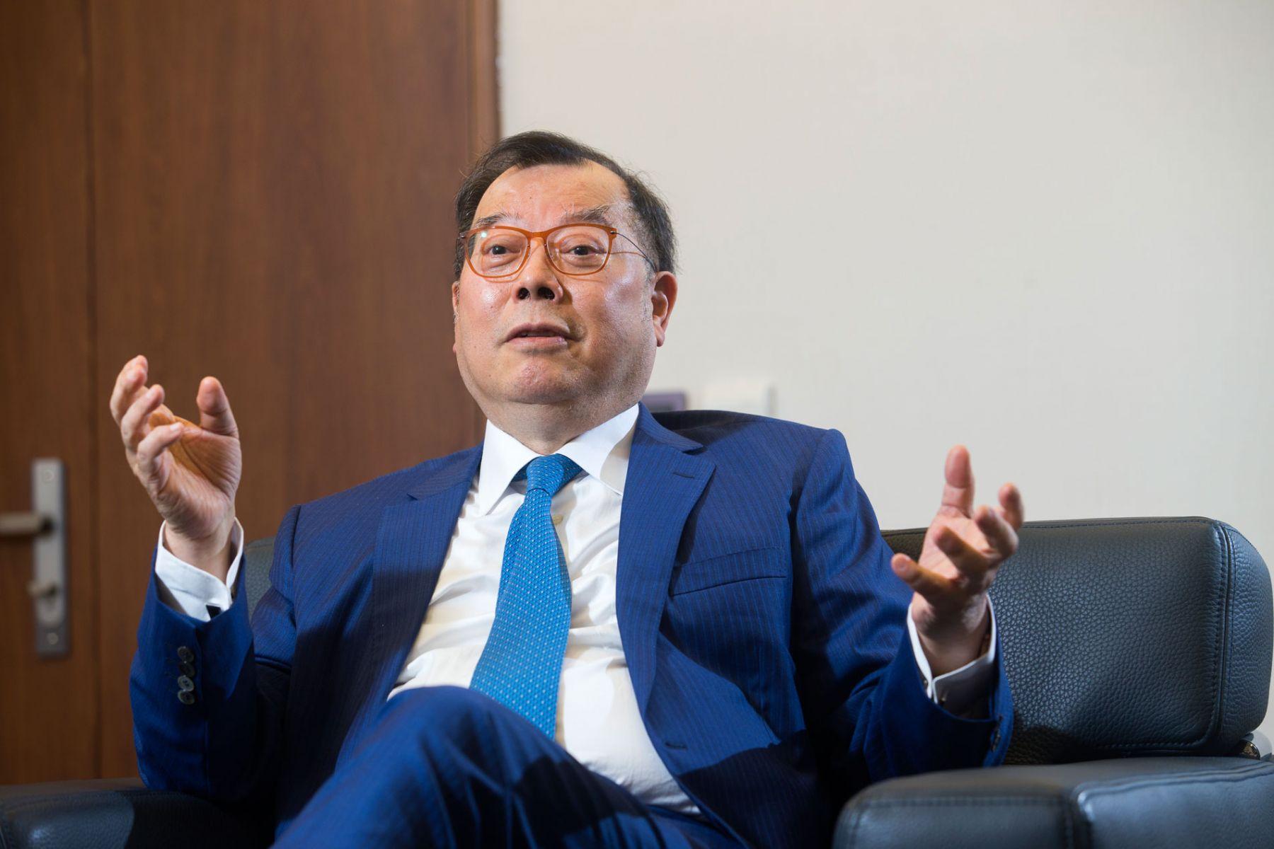 從負債千億到股價飆90倍 力晶CEO:我要做小台積電