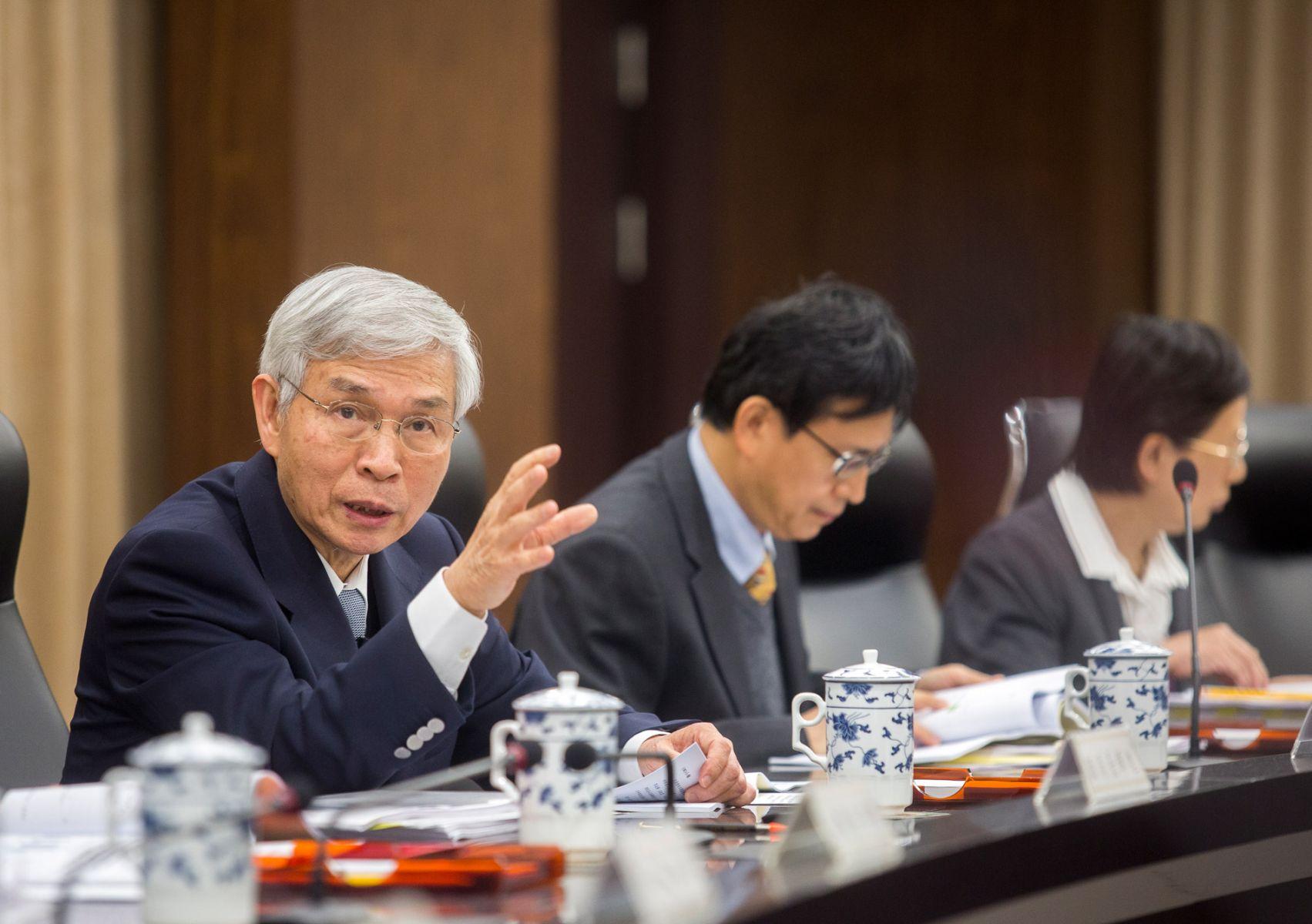 台幣沒升值、產業轉型卡一半...解析台灣「全球最醜經濟體」背後的真相
