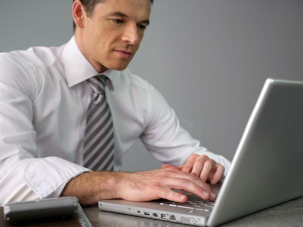 職場壓力大每晚失眠 修練SUPPORT增抗壓力