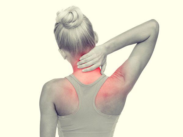 肩頸痠痛主因有四 快看你是哪一種?