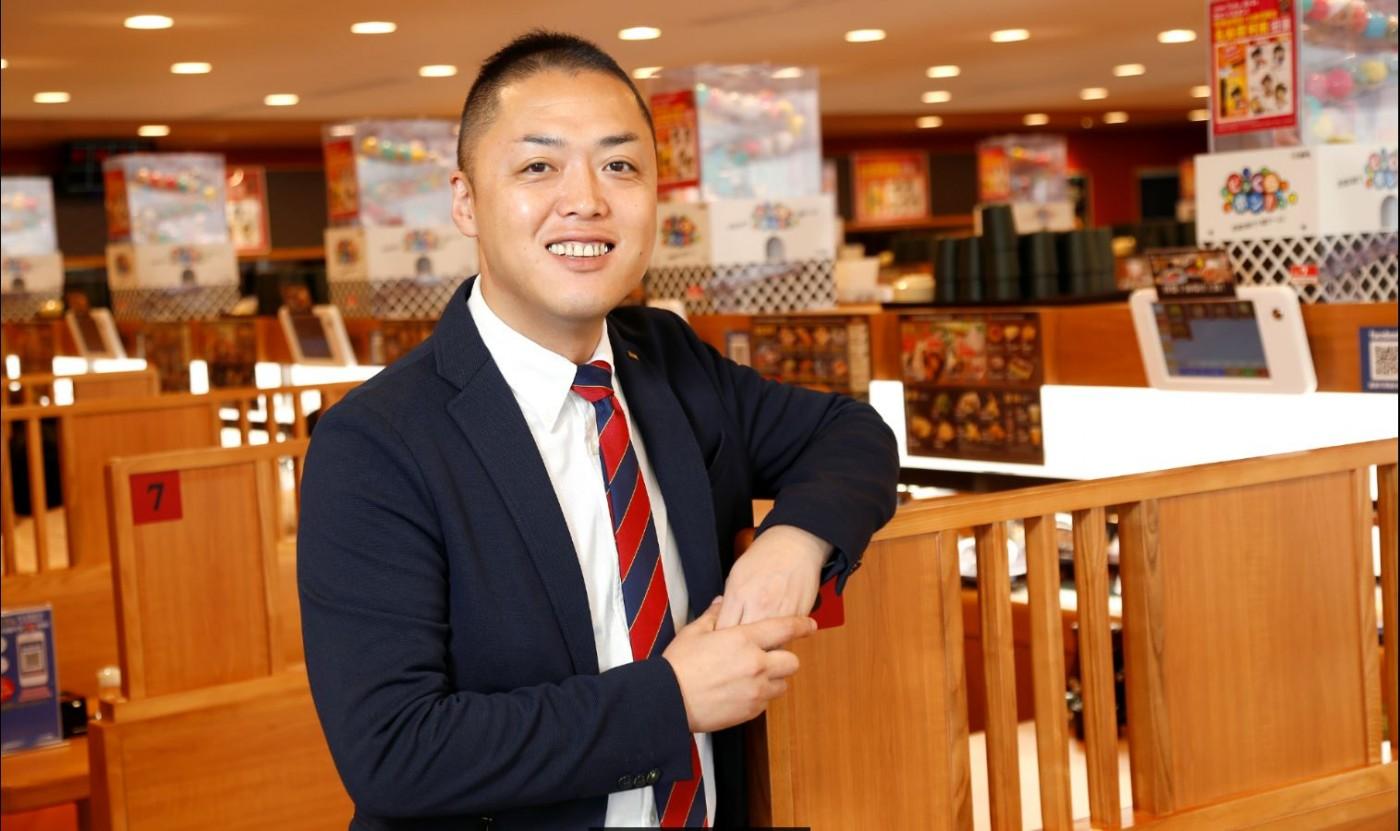 壽司店為什麼要放扭蛋機?日本藏壽司的開店策略,讓年營收上看 4 億元