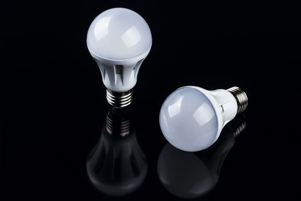LED燈雖環保省電 卻威脅人體健康