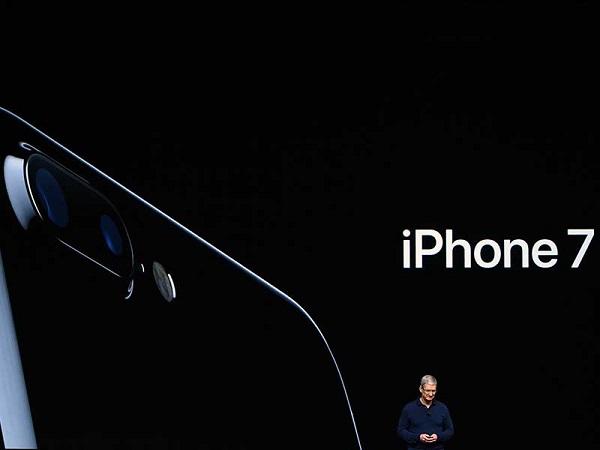 終於回來了!iPhone 7鋼琴黑、太空黑強吸果粉