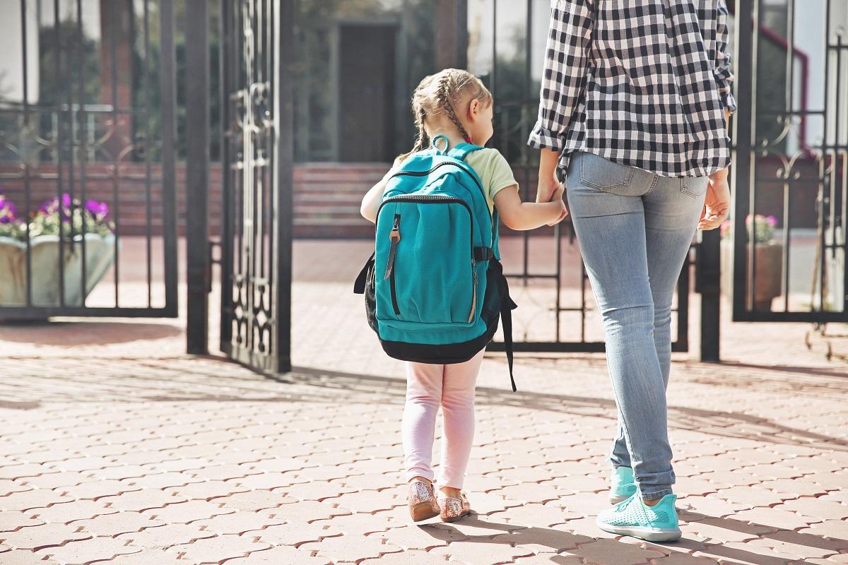 談孩子的媽寶/爸寶型拖延:「反正你會幫我做!」