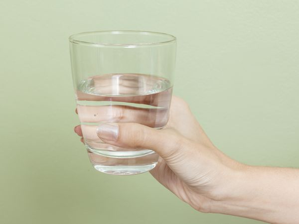 芭樂汁可治登革熱? 多喝水較有效