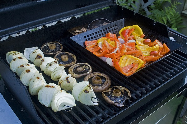 教授私房分享 零負擔吃烤肉小技巧