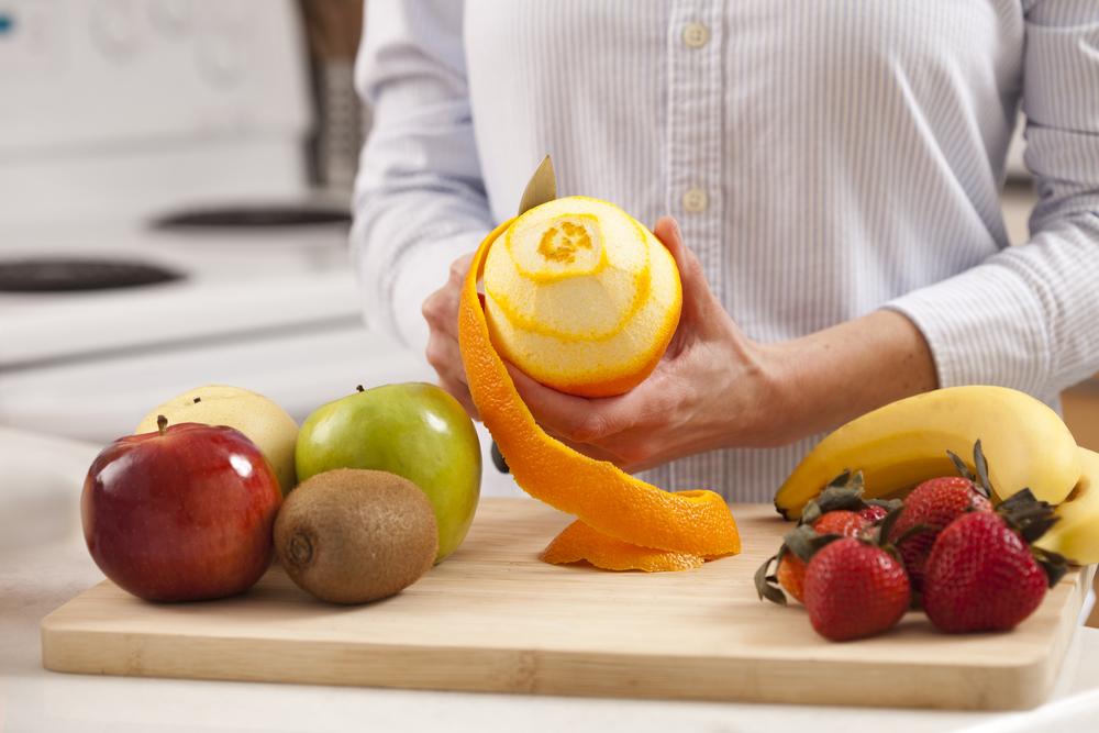 吃蔬果不削皮會吃進農藥?