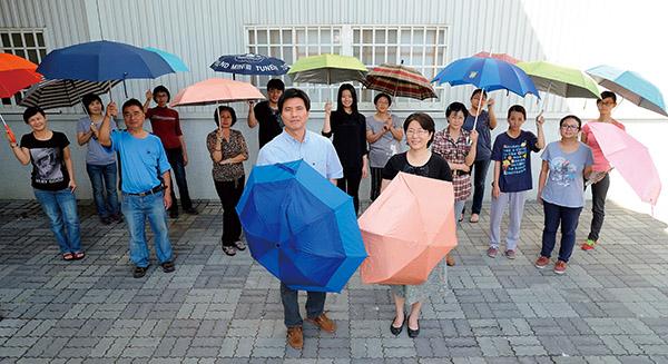 嘉雲製傘,MIT專利傘 世界舞台傘傘發光