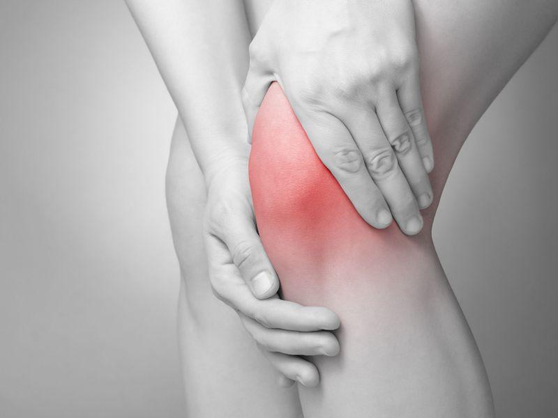 醫師:40歲後「雙腿關節」最易退化!不想退化性關節炎...這4件事一定要做!