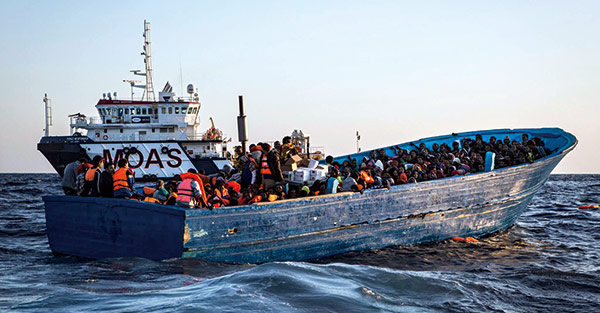 海上難民救援隊