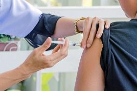 全球戒備!日本美國流感嚴重 醫:接種疫苗防肺炎